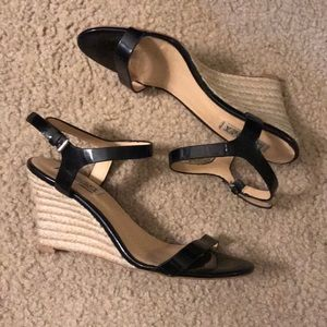 Badgley Mischka Black Wedges - 6-6.5